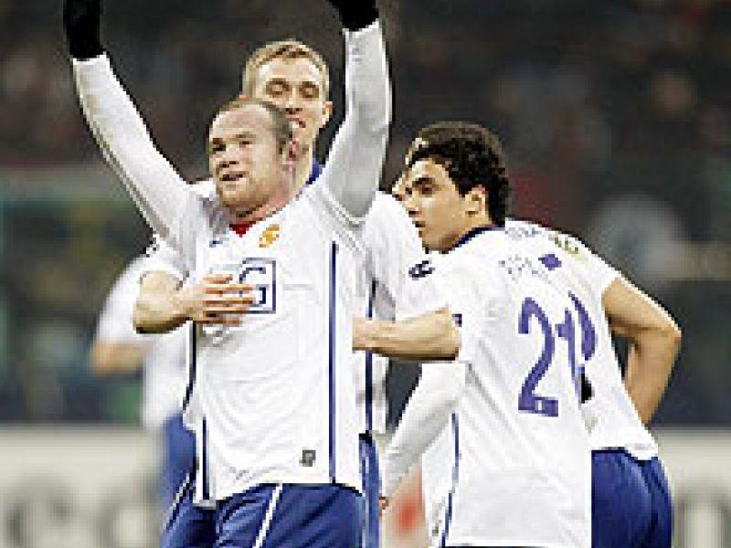 Rooney marca dois e Manchester vence Milan em Milão