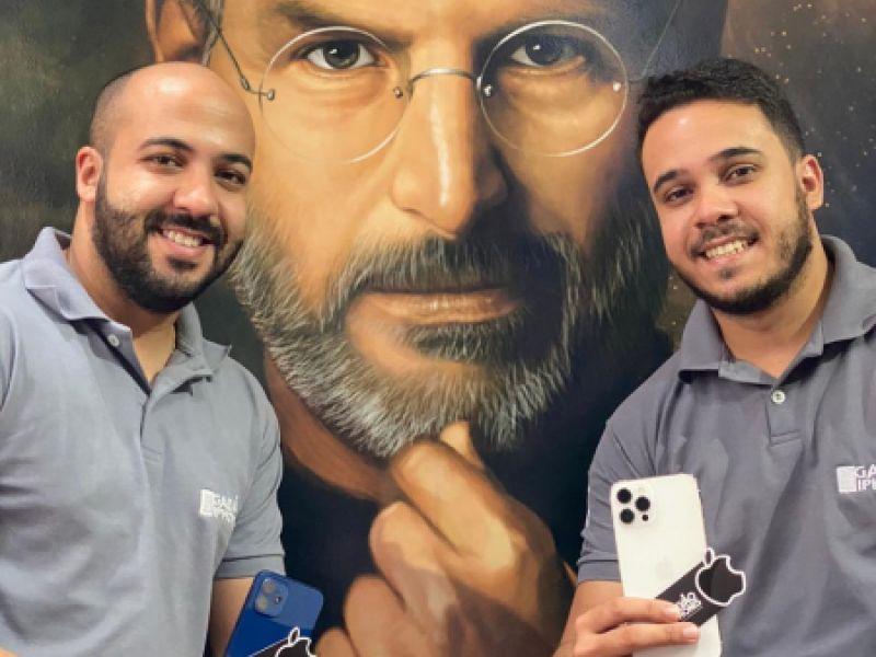 Negócio de Jovem que deu Certo- Irmãos se unem e criam loja de Iphones referência na região