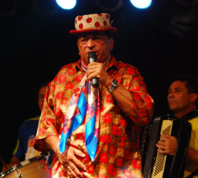 Cantor Genival Lacerda morre aos 89 anos no Recife
