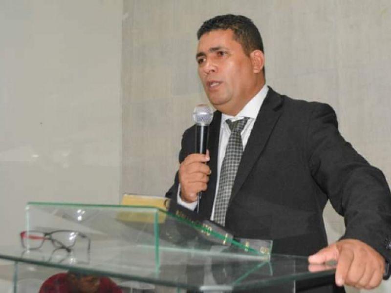 Morre pastor de Piaçabuçu que seguia em Kombi envolvida em acidente no domingo, 17