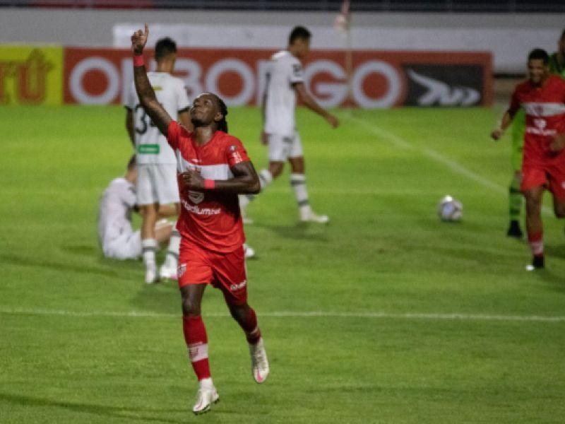CRB goleou o Figueirense por 5x1 no Rei Pelé pela 36ª rodada da Série B