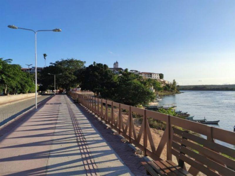 Prefeitura Municipal de Penedo modifica trânsito na orla do Barro Vermelho