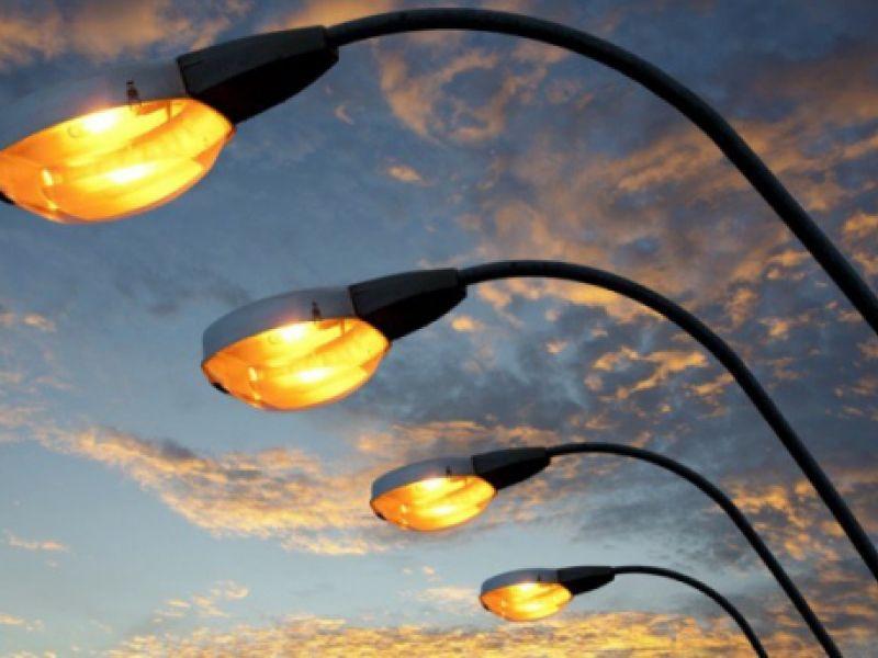 Empresas de iluminação pública poderão captar recursos por meio de debêntures