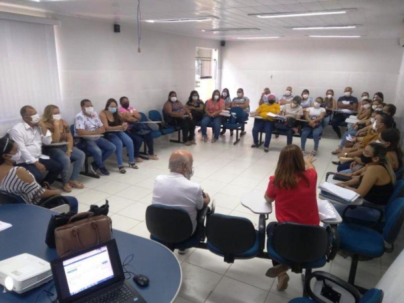Secretaria de Saúde de Penedo orienta equipes sobre acolhimento humanizado