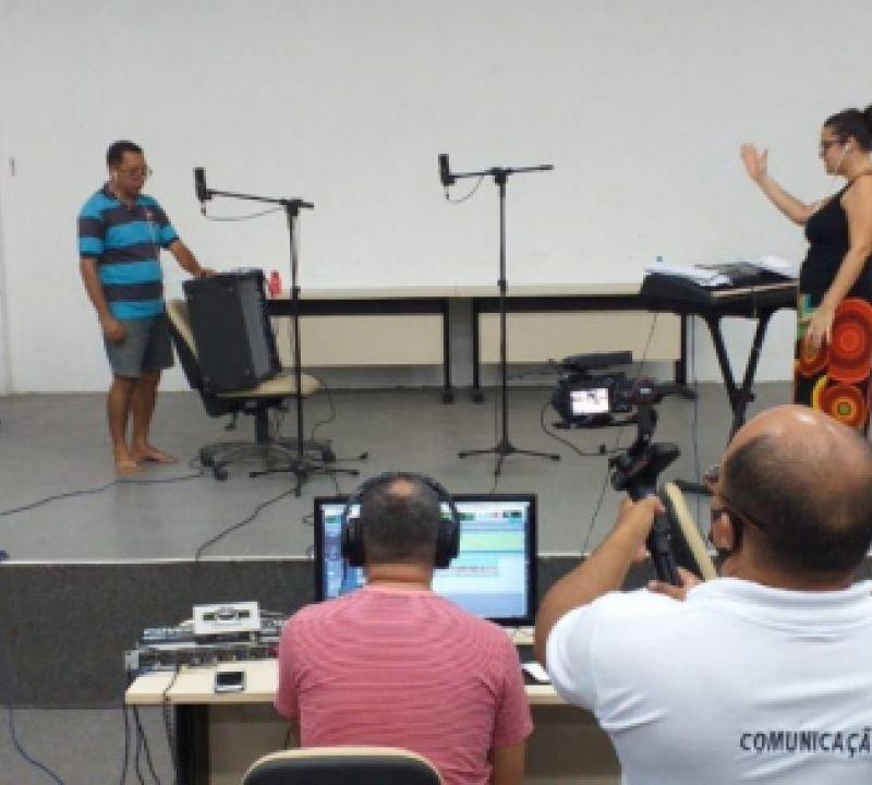 Cidade de Penedo é homenageada por grupos de canto coral