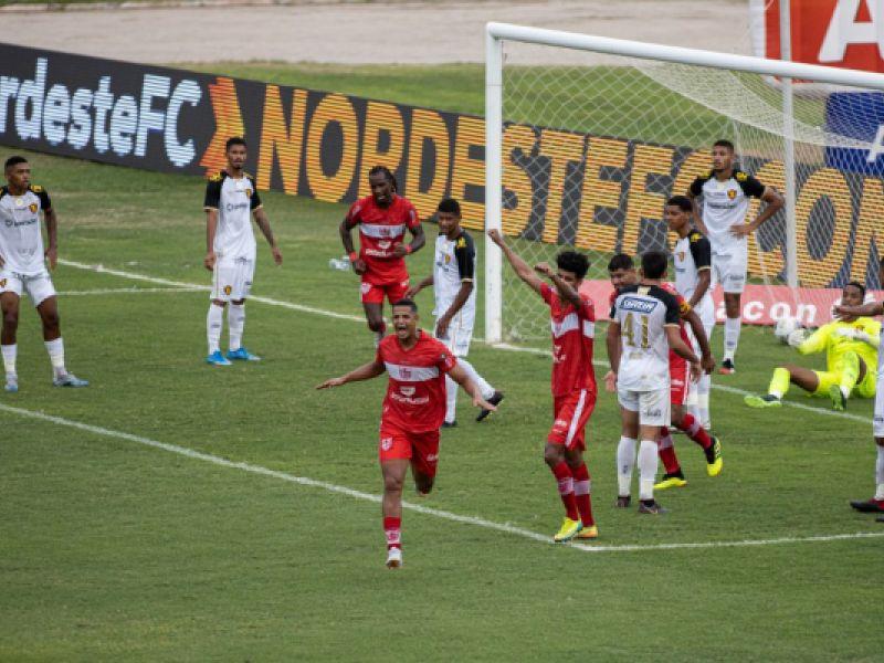 Copa do Nordeste: No Rei Pelé, CRB-AL venceu o Sport por 2x0