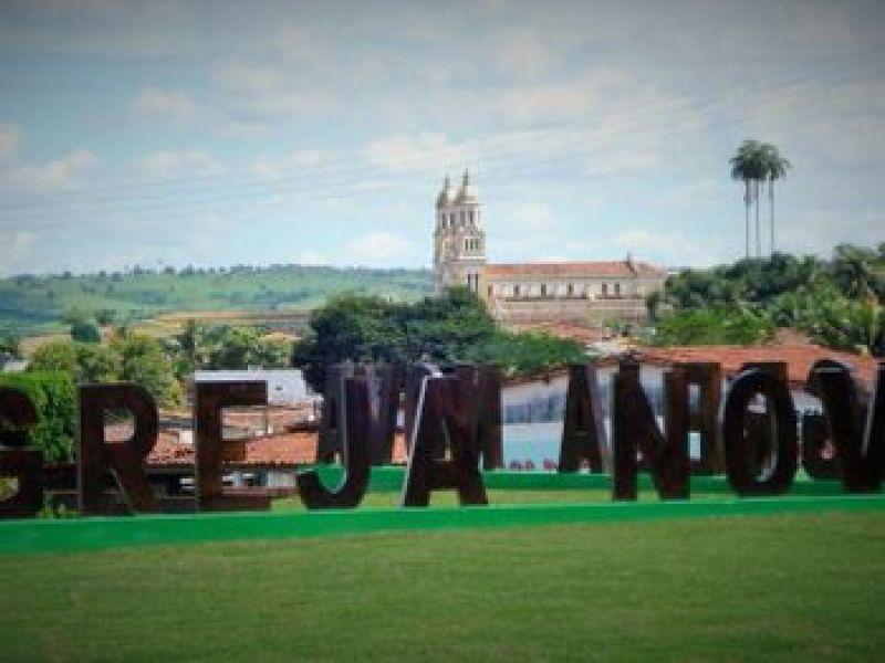 Criança de apenas 4 anos morre afogada em povoado de Igreja Nova