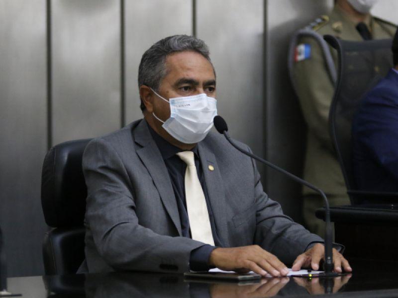 Trabalhadores de supermercados e farmácias poderão ser vacinados contra Covid-19 em Alagoas