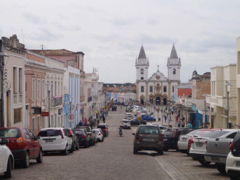 12 de abril: comércio de Penedo não vai abrir em horário especial no dia do aniversário da cidade