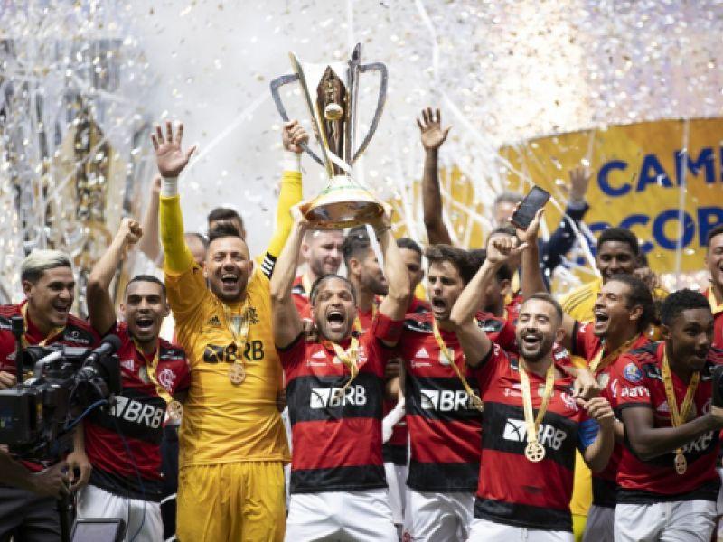 Nos pênaltis, Flamengo vence o Palmeiras e conquista a SuperCopa 2021