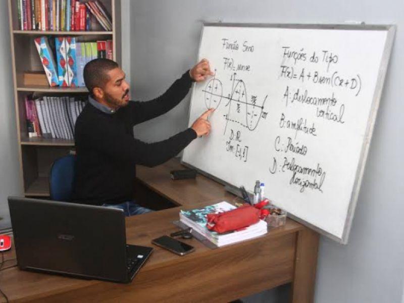 Pré-Enem Comunitário da Ufal oferece 30 vagas para estudantes de Penedo
