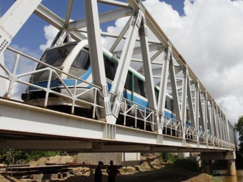 População de Cabo do Santo Agostinho recebe ponte ferroviária