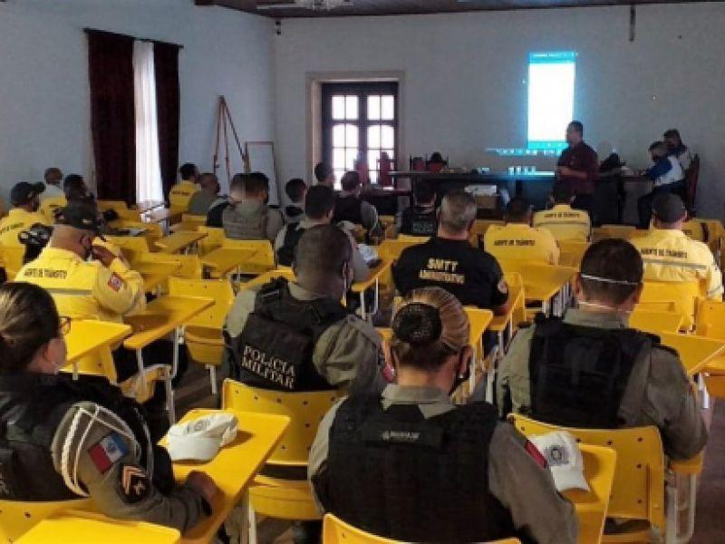 Agentes da SMTT Penedo concluem curso sobre uso talonário eletrônico