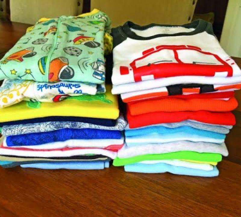 """Projeto """"Mãos que Abraçam"""" arrecada roupas de bebê para doação em Penedo"""