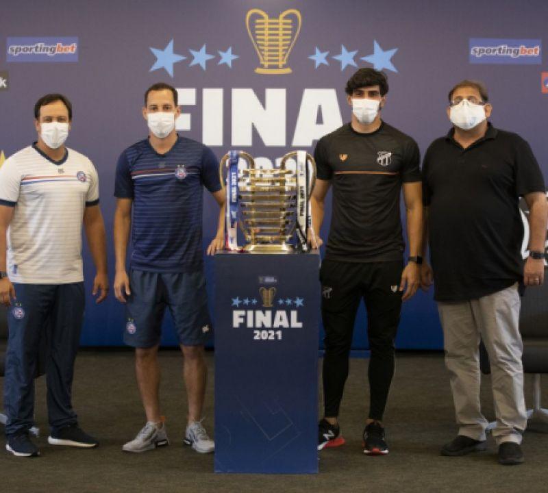 Copa do Nordeste: técnicos e capitães do Bahia e Ceará participam de coletiva oficial