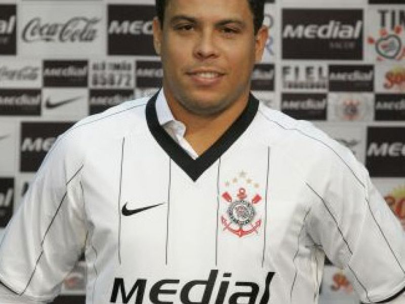 Jorginho ironiza a vontade dos Ronaldos em irem à Copa