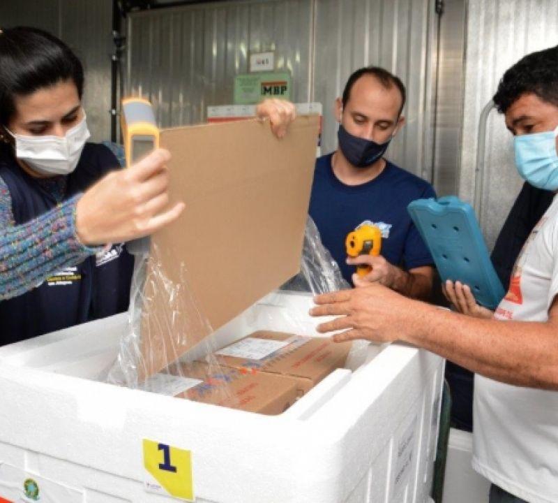 Alagoas recebeu mais 17 mil doses de Coronavac nesta sexta-feira (14)