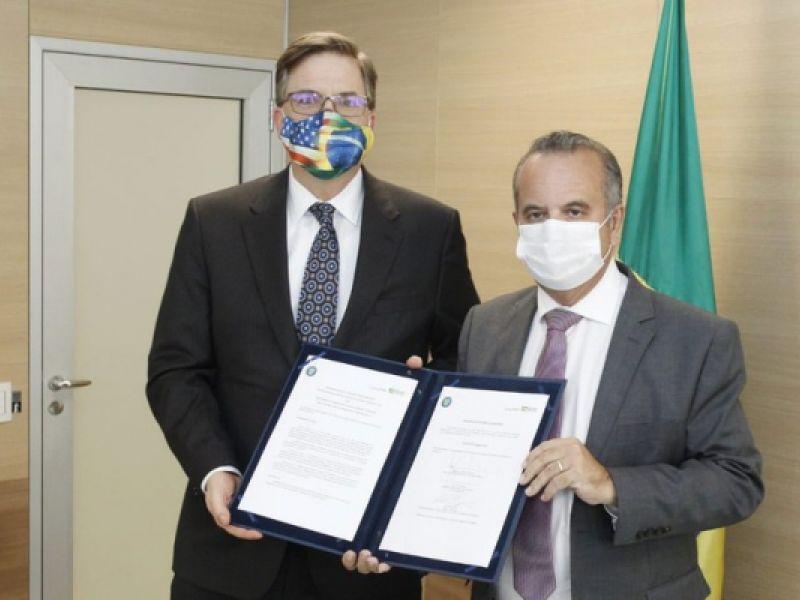 Brasil e dos EUA fecham parceria para modelagem de projetos de infraestrutura