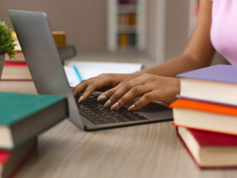 Programa alunos conectados: mais de 154 mil chips foram entregues