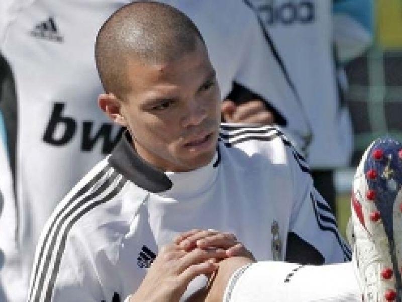 Mesmo lesionado, Pepe recebe aumento do Real Madrid