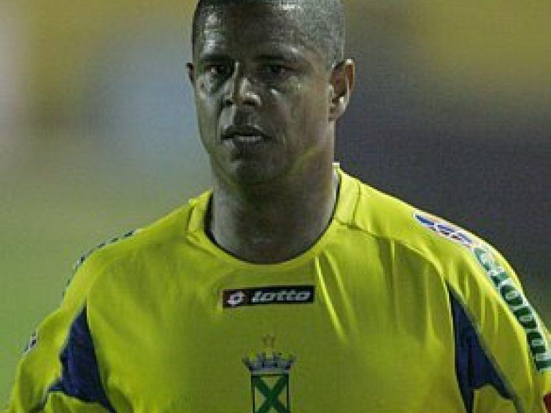 Corinthians vai fazer jogo de despedida para Marcelinho Carioca