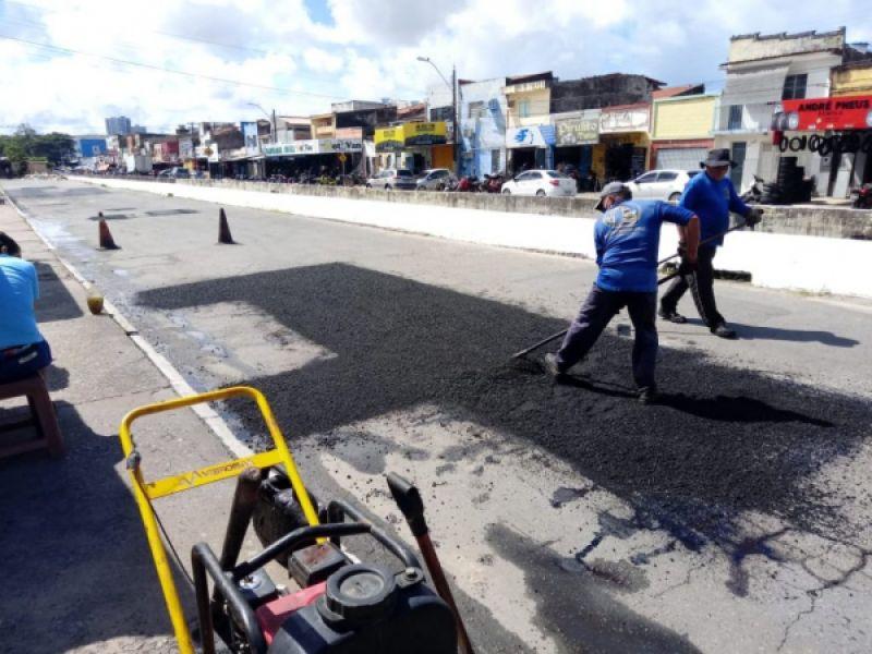 Operação tapa-buraco realiza ações em seis bairros de Maceió