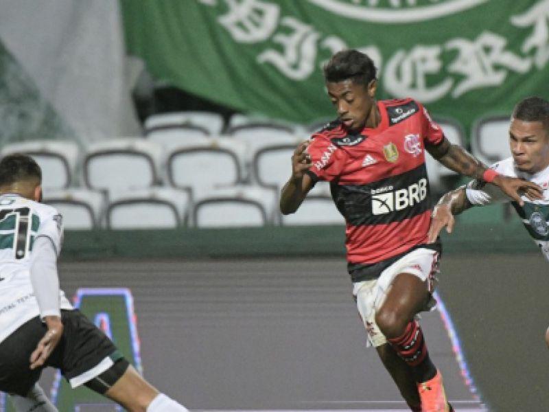 Flamengo estreia na Copa do Brasil com vitória diante do Coritiba