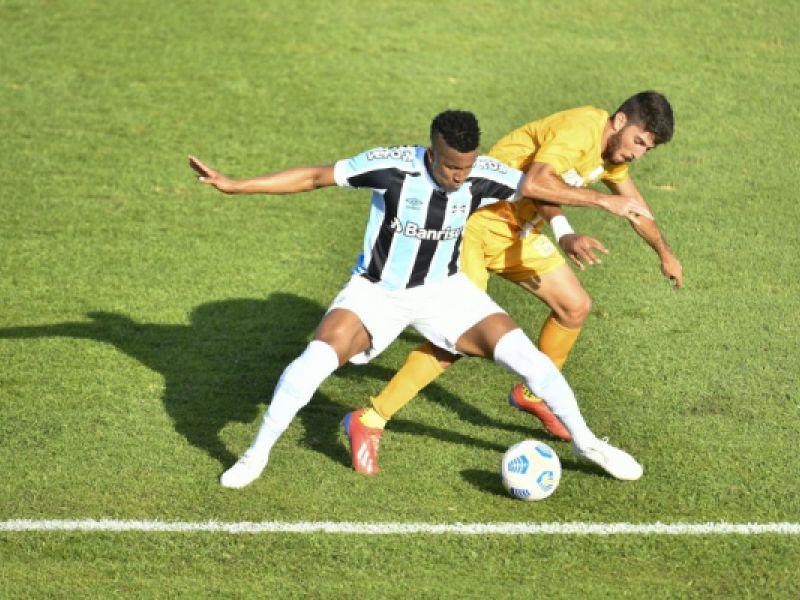 Fora de casa, Grêmio empata com o Brasiliense e continua na Copa do Brasil