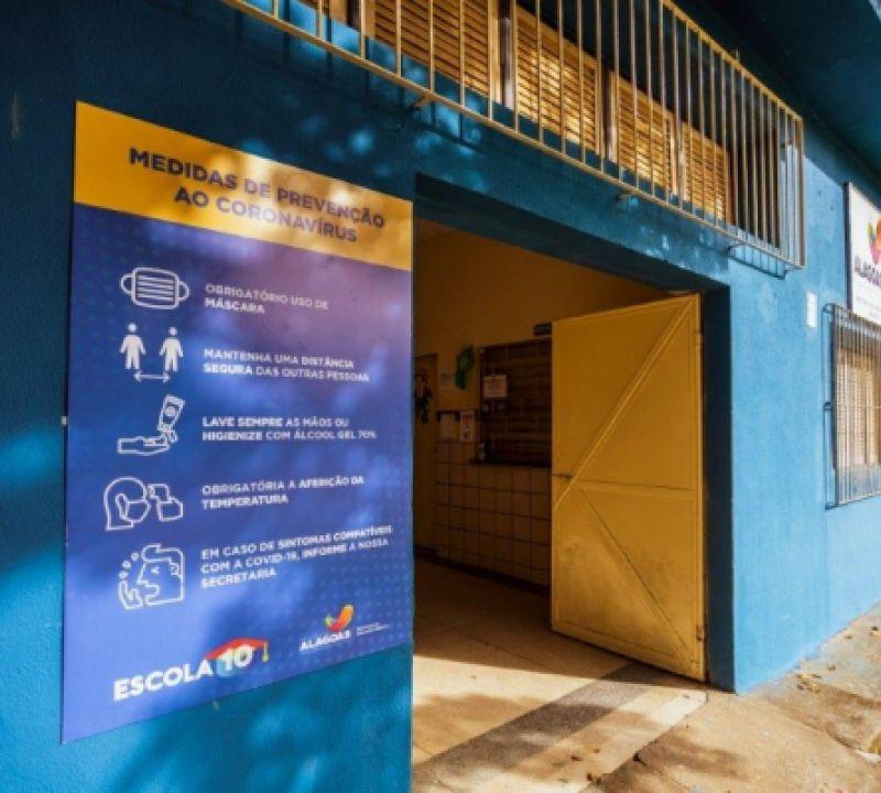Educação inicia preparação para retomada às aulas presenciais em Alagoas