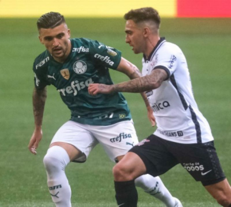 Palmeiras e Corinthians empatam em clássico pelo Campeonato Brasileiro