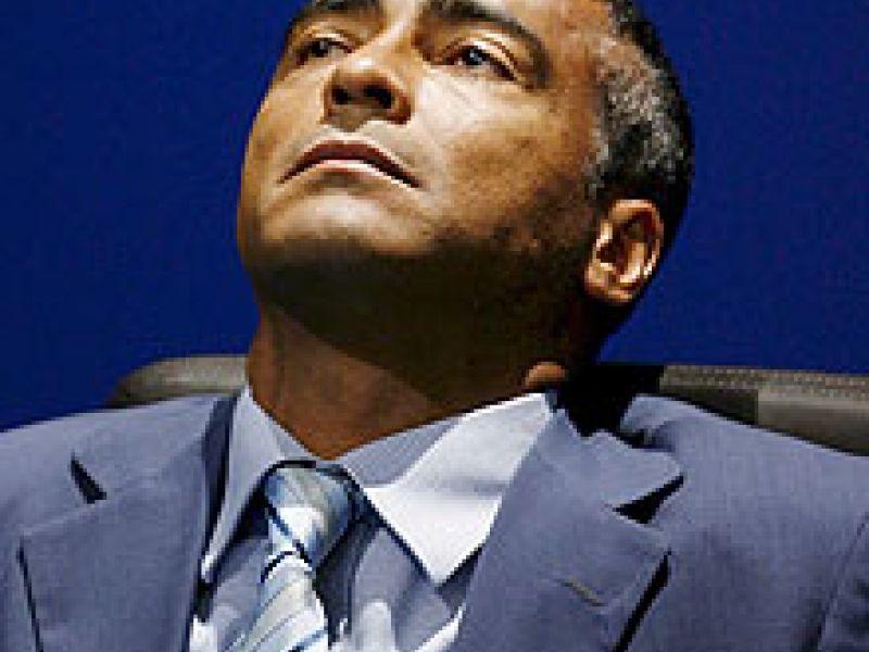 Romário é condenado por sonegação fiscal
