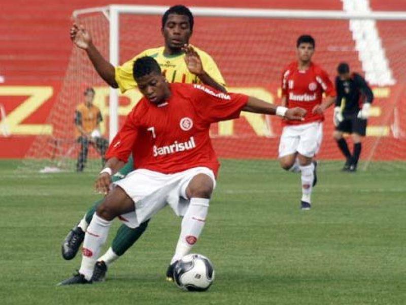 Marinho continua sendo destaque no Inter