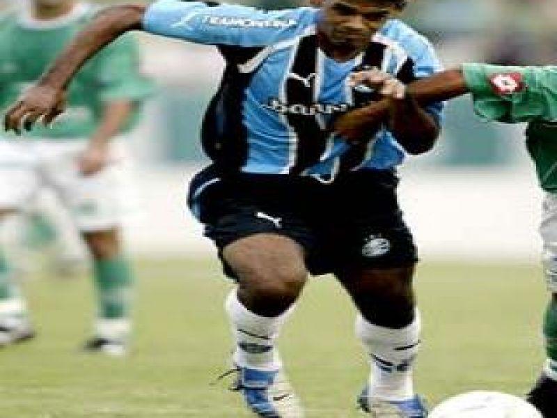 Ex-meia do Grêmio morre por problemas cardíacos