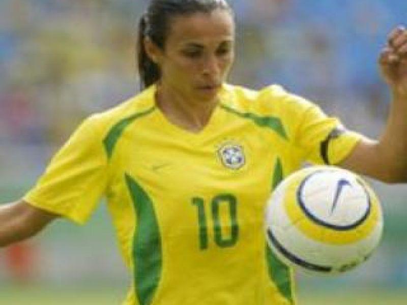 Alagoana Marta receberá sua camisa das mãos do Rei