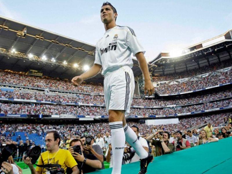 Apresentação de C. Ronaldo bate o recorde de Kaká.