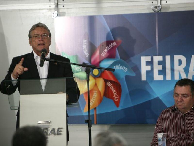 Governador abre Feira do Empreendedor e destaca crescimento do interior