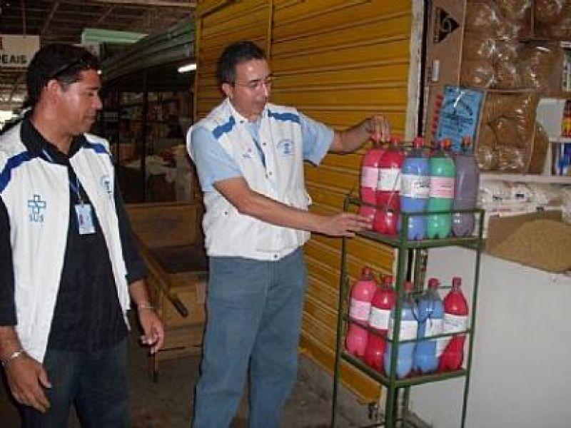 Vigilância combate a venda de produtos de limpeza ilegais