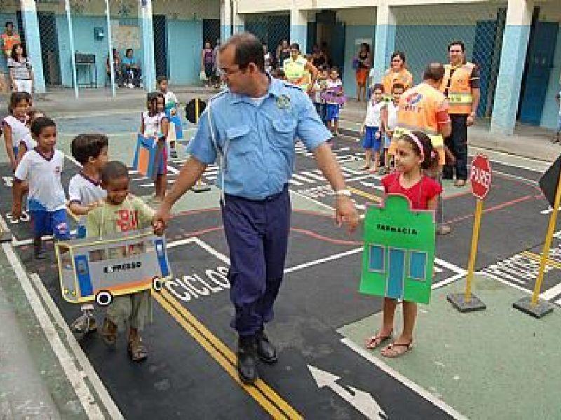 SMTT leva projeto Comunitran à Escola Brandão Lima
