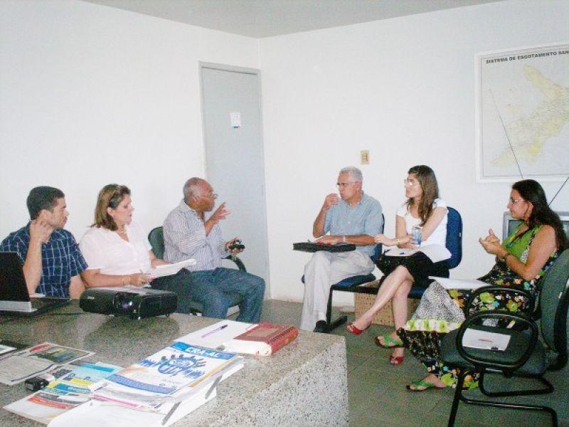 Habitação apresenta projeto da vila dos pescadores na Defensoria