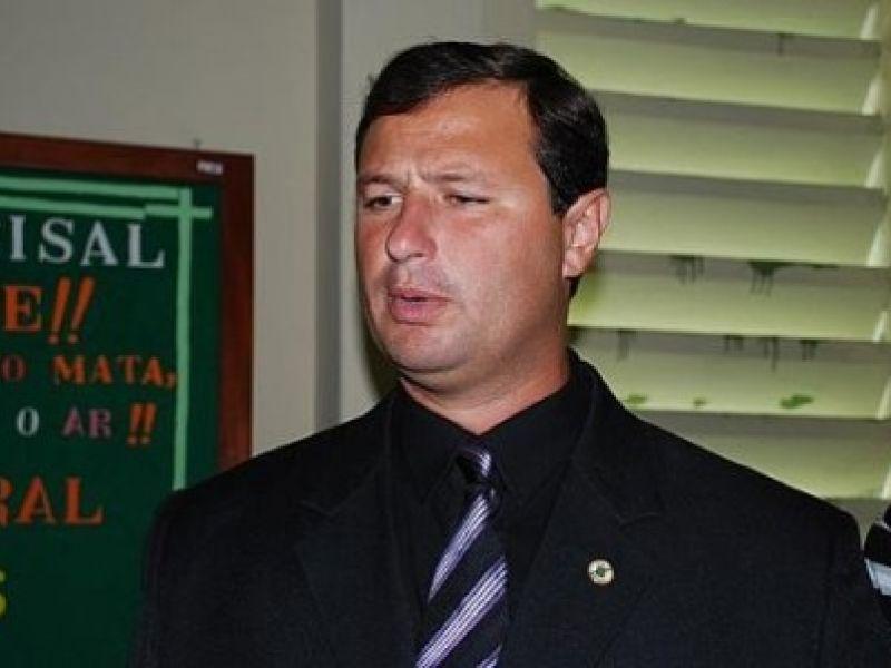 Dudu Holanda pede cassação de deputados