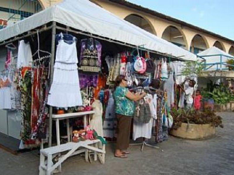 Feirantes relocados já estão trabalhando no Mercado