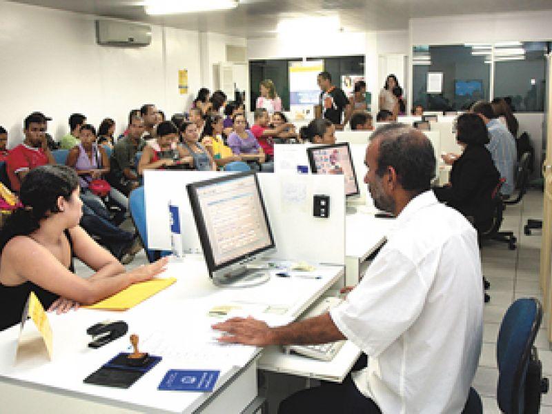 Sine oferta 160 vagas de emprego em Maceió