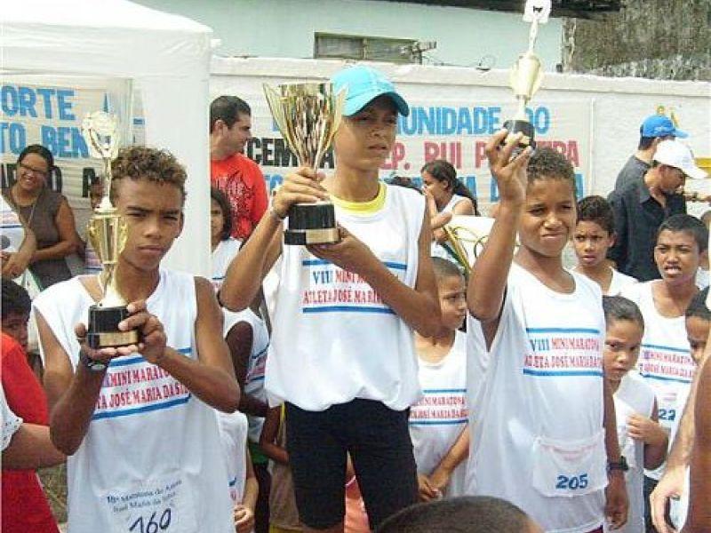 Minimaratona premia crianças no Benedito Bentes