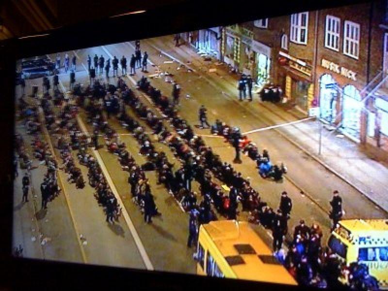Centenas de pessoas são presas em Copenhague