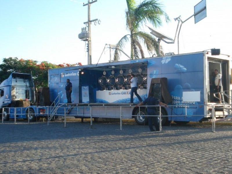 Caminhão da Sorte da Caixa continua até sábado em Penedo