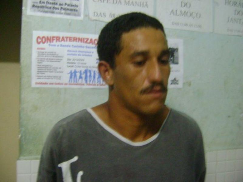 PELOPES prende acusado de tráfico em Penedo