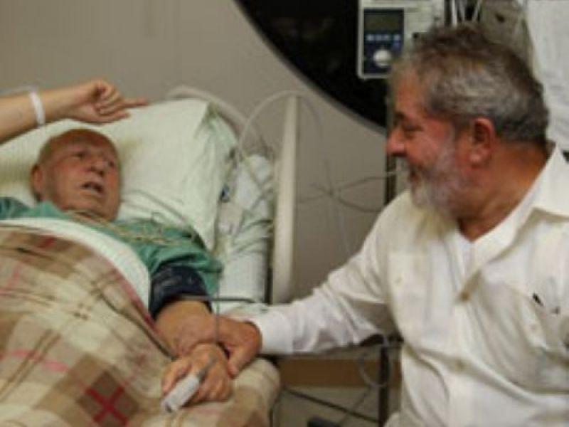 Internado, Alencar recebe visita de Lula