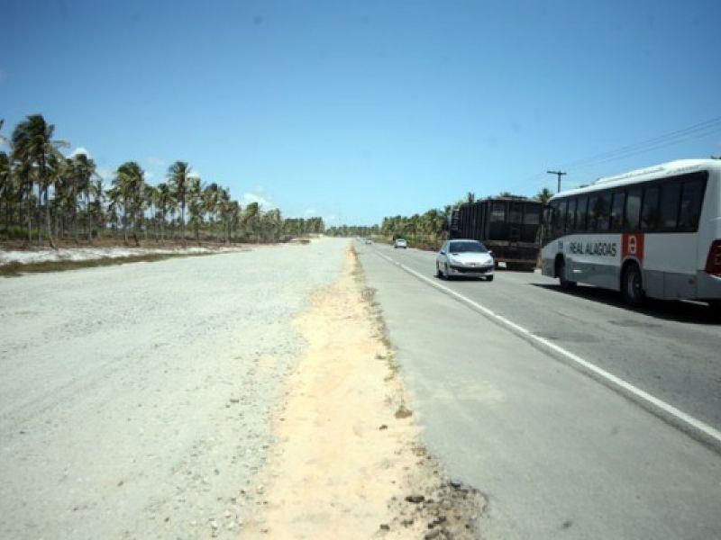 AL 101 Sul: Obra altera paisagem na rodovia