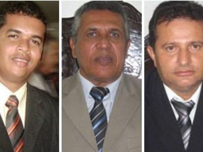 Áudio: Vereadores se dizem surpresos com renúncia de prefeito