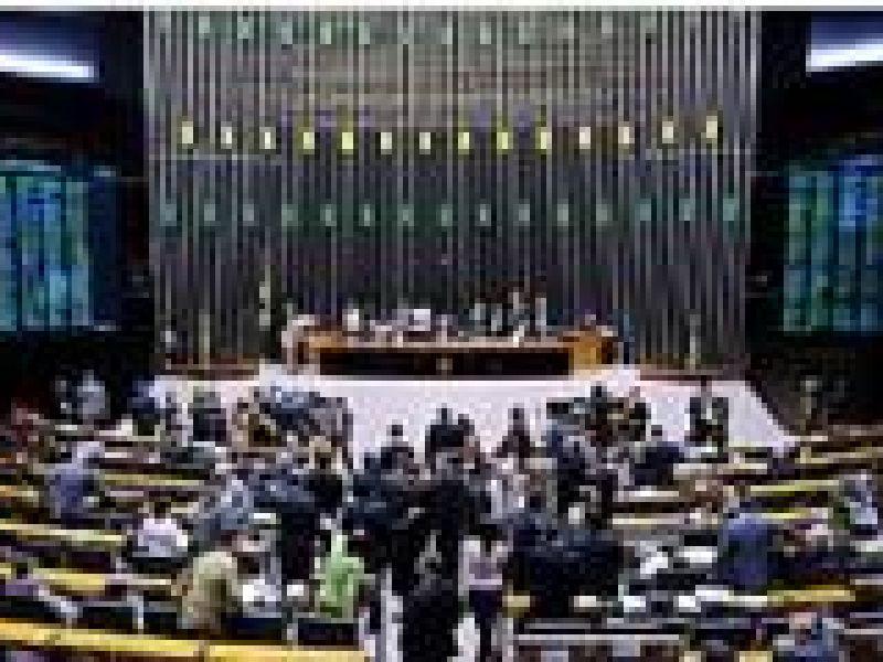 Parlamentares dizem que aprovar projetos do pré-sal não será fácil
